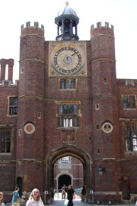 hamptoncourtpalace23