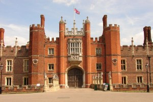 hamptoncourtpalace5